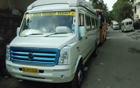 15 seater tempo traveller
